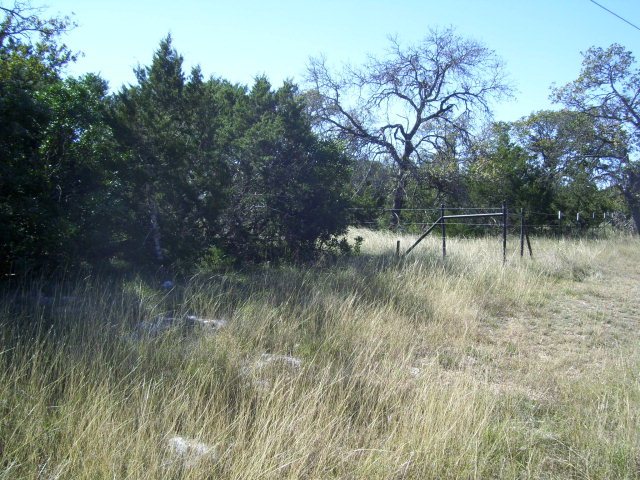 337 w FM 337, Leakey, TX 78873