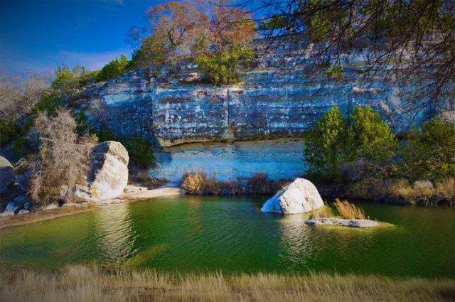 225 Living Water Ranch Rd, Harper, TX 78631