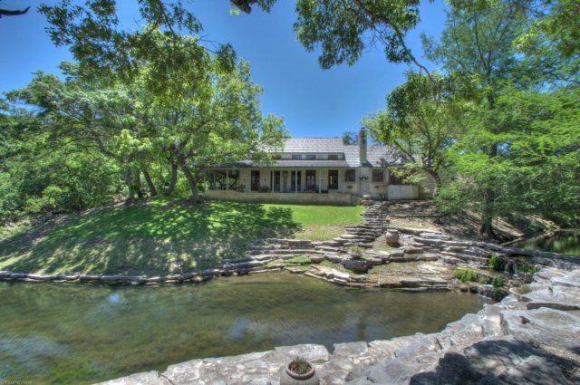 1144 Fall Creek Rd, Kerrville, TX 78028