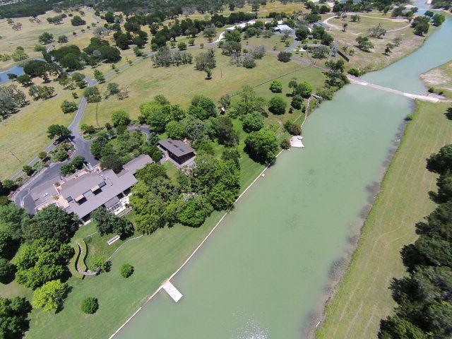 143 Lower Turtle Creek Rd, Kerrville, TX 78028
