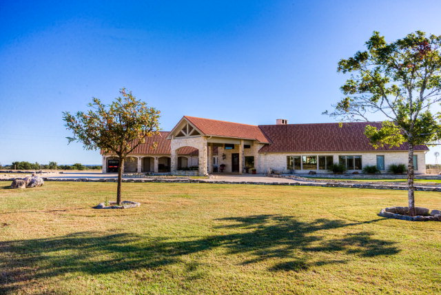 136 Upala Springs Ranch Rd, Kerrville, TX 78028