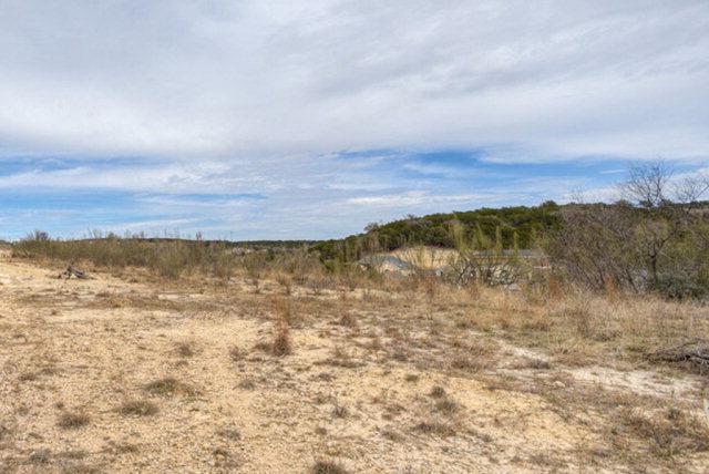 1825 N Foothills Dr, Kerrville, TX 78028