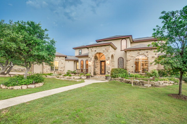 5808 Bear Creek Rd, Pipe Creek, TX 78063