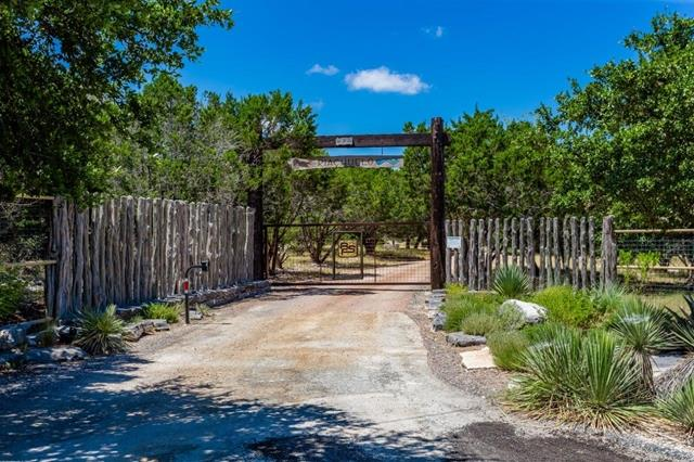 310 Byas Springs Rd W, Mountain Home, TX 78058