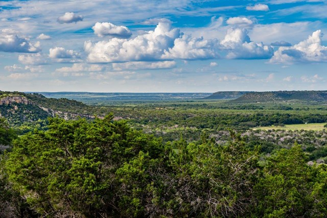 1240 Dry Hollow Frontage Rd, Junction, TX 76849