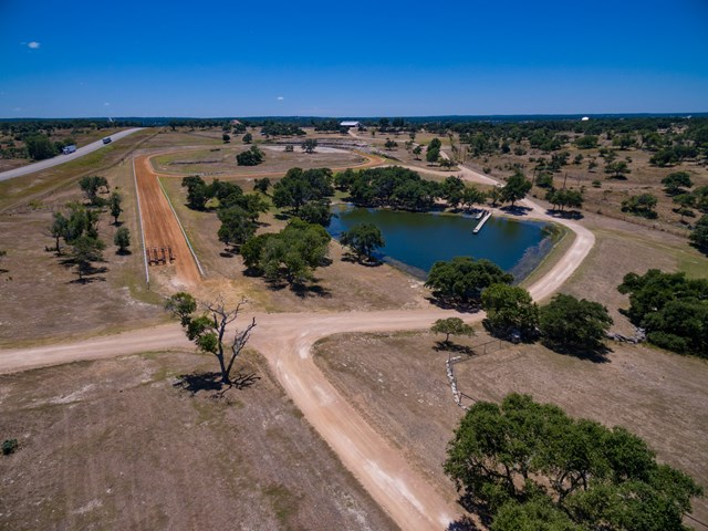 64 Thoroughbred Dr., Fredericksburg, TX 78624