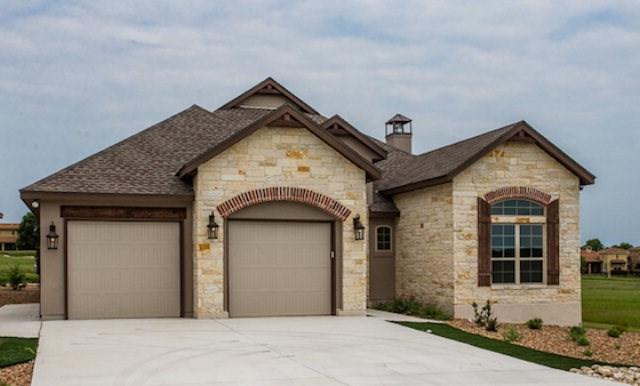 3148 Pinnacle Club Dr, Kerrville, TX 78028