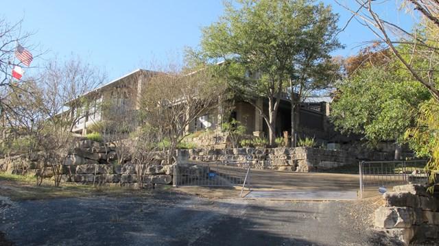 132 NW Lakeside Lane, Kerrville, TX 78028