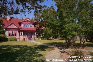 610 Second St, Comfort, TX 78013