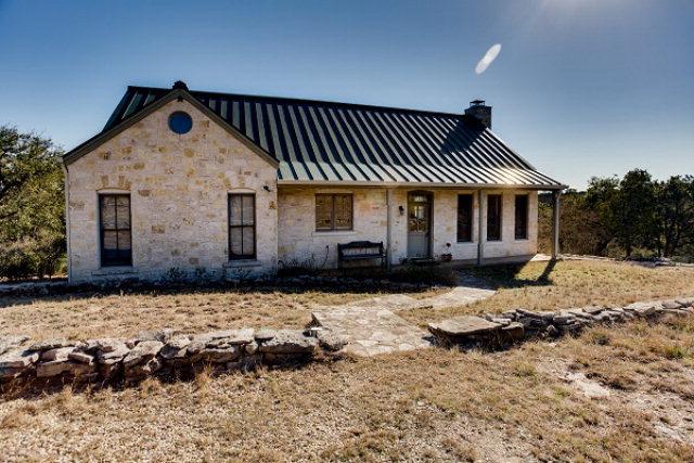190 W Lonesome Rd, Hunt, TX 78024