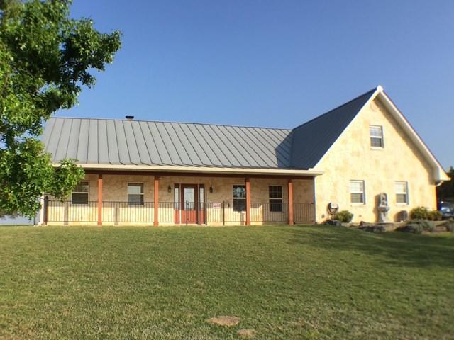 3261 Medina Hwy, Kerrville, TX 78028