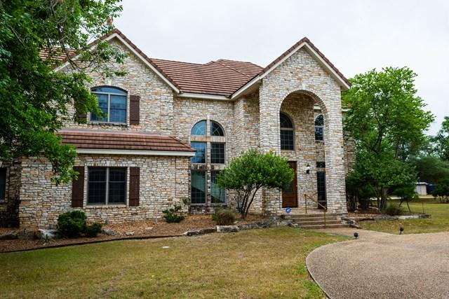 608 North Creek Rd, Comfort, TX 78013