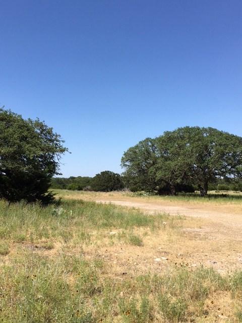 633 Kemp Road, Mountain Home, TX 78058