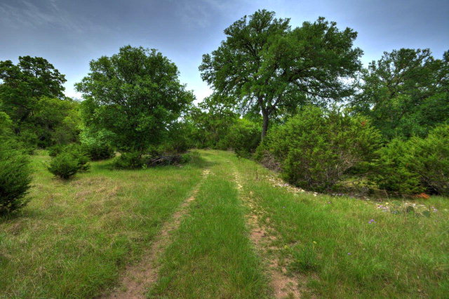 235 Merrill, Ingram, TX 78025