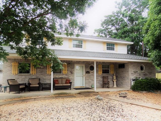 3234 Lammers St, Kerrville, TX 78028