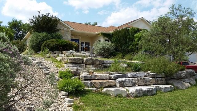 618 Oak Hollow Dr, Kerrville, TX 78028