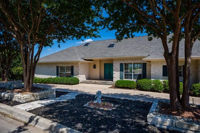 405 Overlook Dr, Kerrville, TX 78028