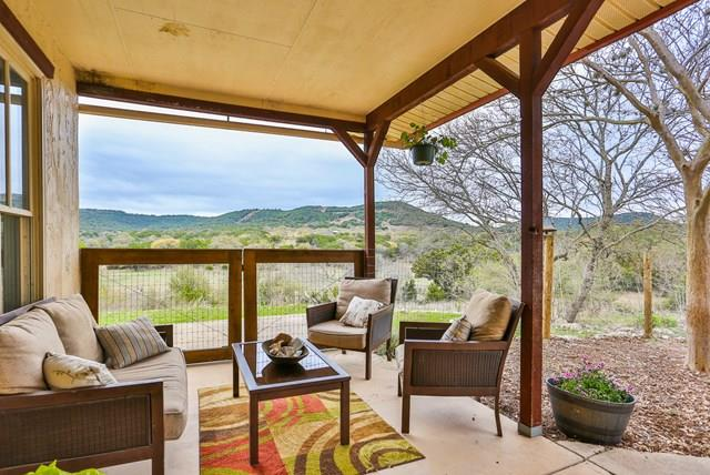 1294 Dead Poacher Trail, Bandera, TX 78003