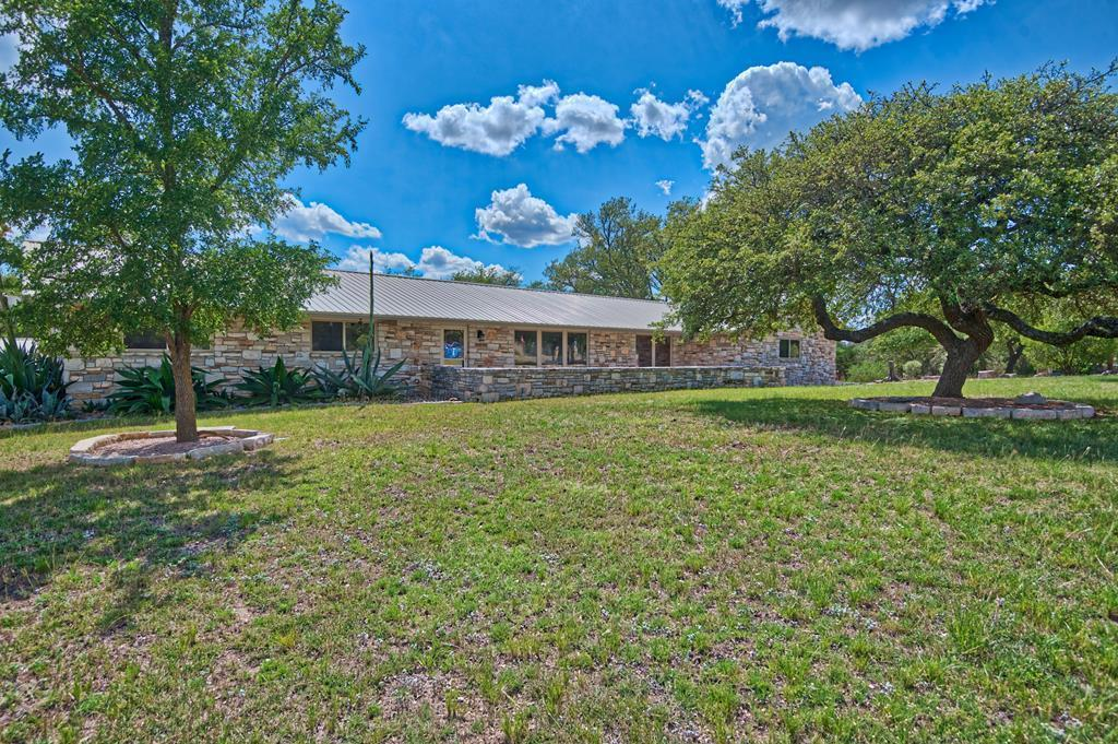 27 Pleasant View, Kerrville, TX 78028