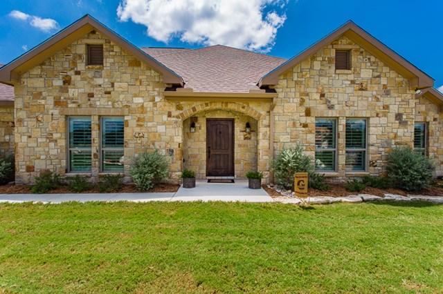 551 Cypress Estates Pkwy W, Ingram, TX 78025