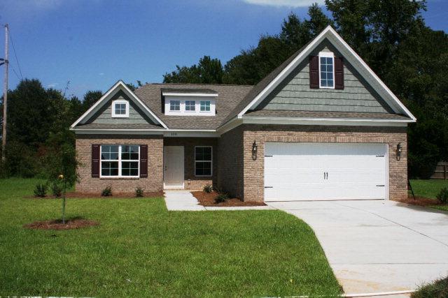 2531  Foxcroft Circle (33) Sumter, SC 29154