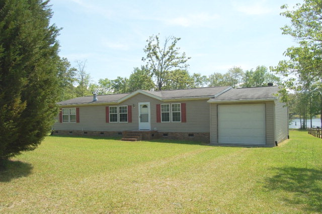 1208  Mill Creek Dr. Manning, SC 29102