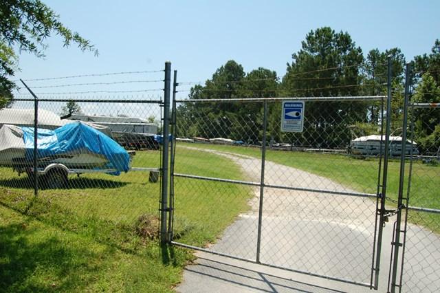 56 Woodlake Drive C-20 Manning, SC 29102