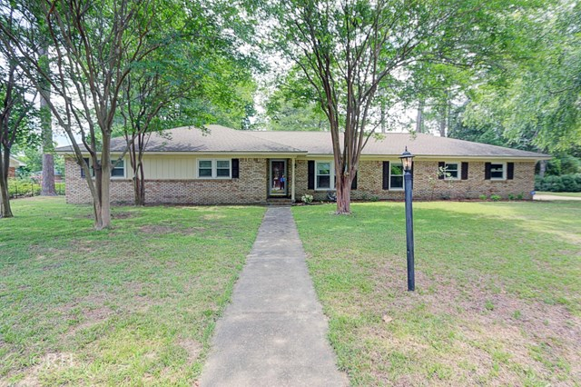 933  Shadow Trail Sumter, SC 29150