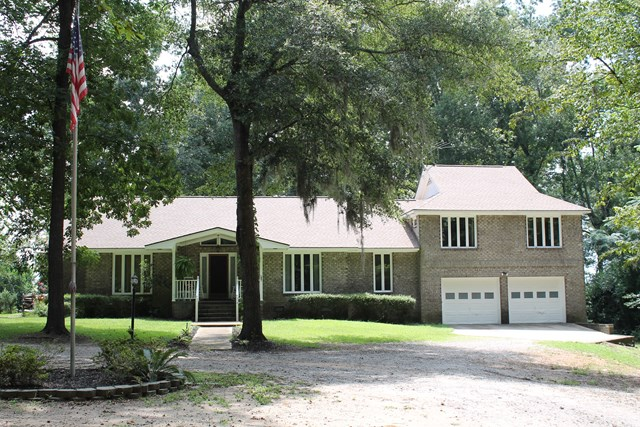 3270   Princess Pond Road Summerton, SC 29148