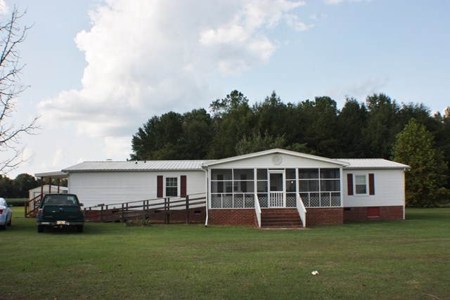 4555  Bacon Hill Road Pinewood, SC 29125