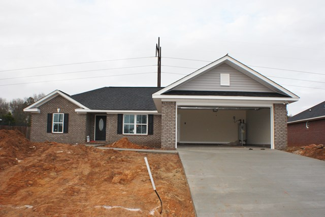 2695  Foxcroft Circle Lot 57 Sumter, SC 29154