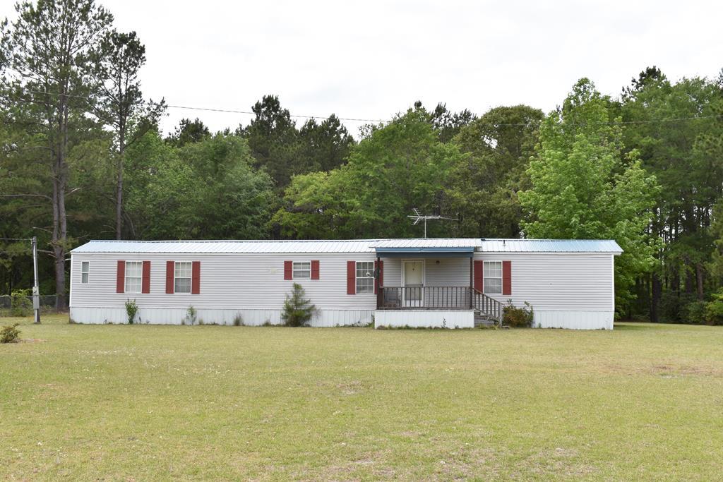 1630 Stillwater Manning, SC 29102