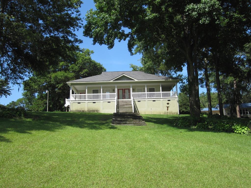 2584 Princess Pond Road Summerton, SC 29148