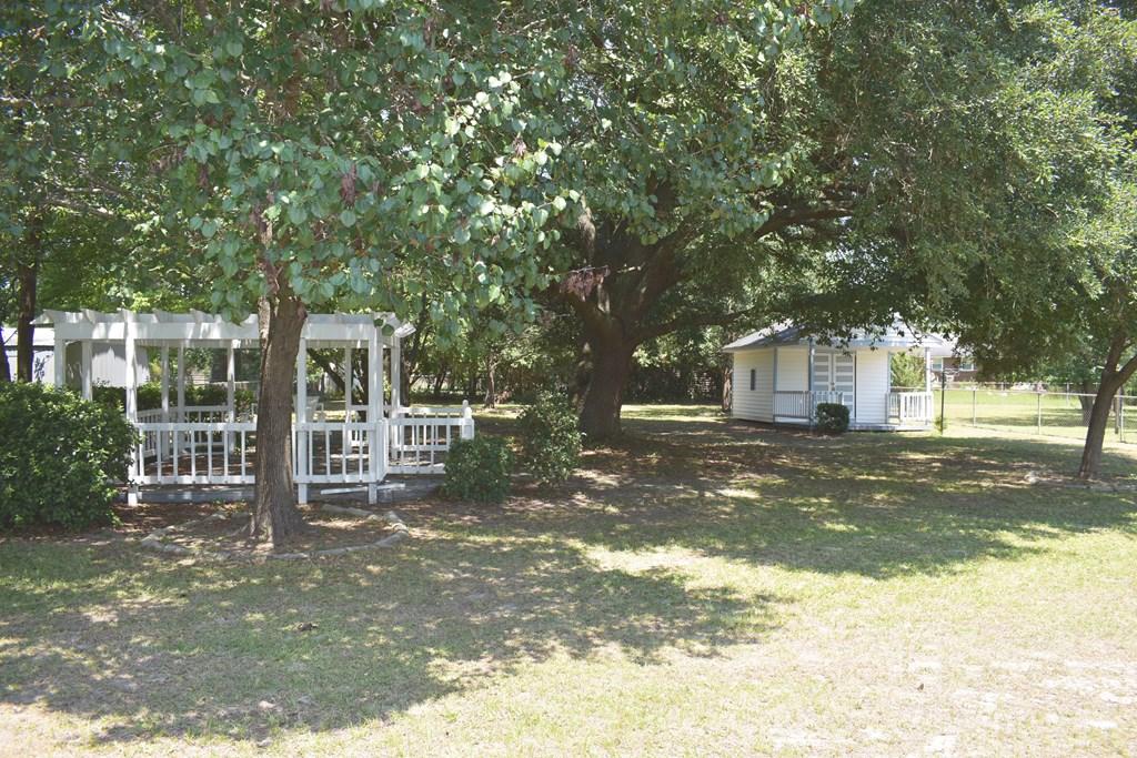 606 Pine Ct. Manning, SC 29102