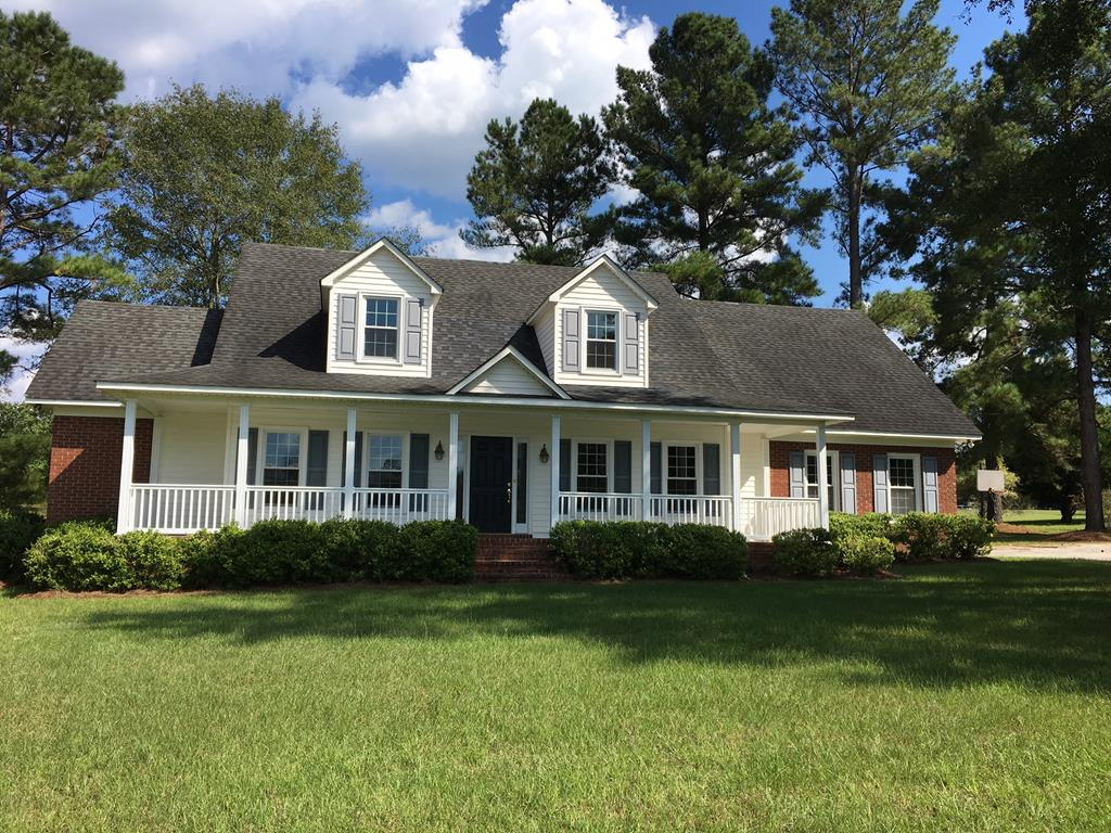 1524 COUNTRY CLUB CIRCLE Manning, SC 29102