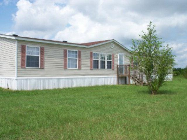 5905 ROOSTER CIR Pinewood, SC 29125