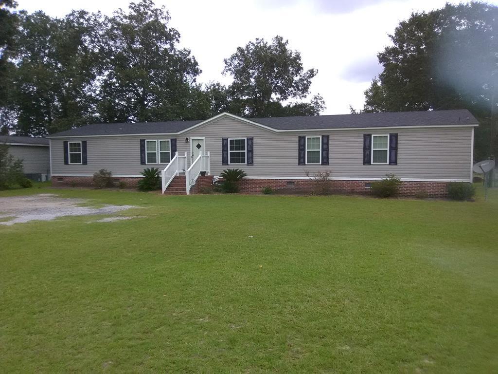 4253 S Lake Cherryvale Sumter, SC 29154