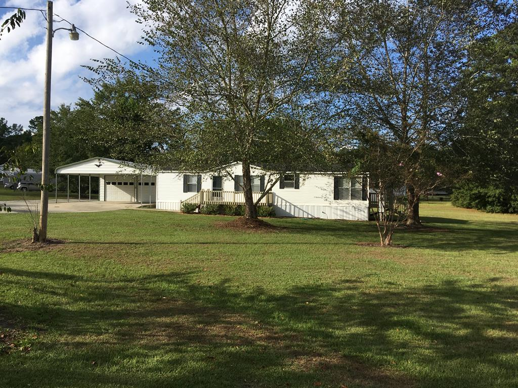 1166 Pine Ridge Road Manning, SC 29102