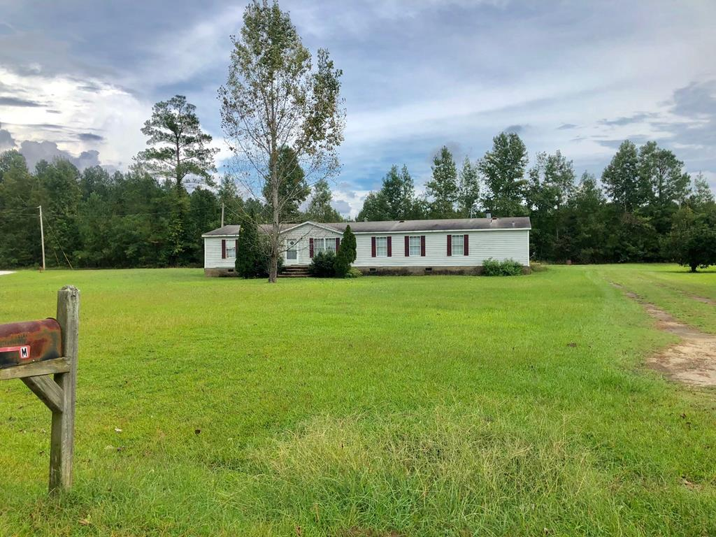 1072 Farmstead Lane Manning, SC 29102
