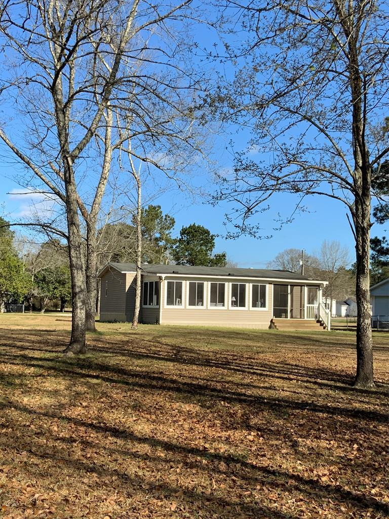1219 Dove Lane Summerton, SC 29148