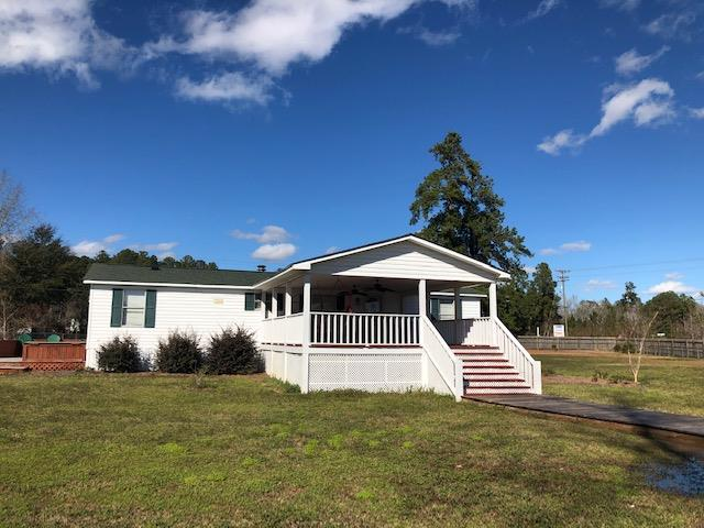2302 Lake Shore Drive Manning, SC 29102