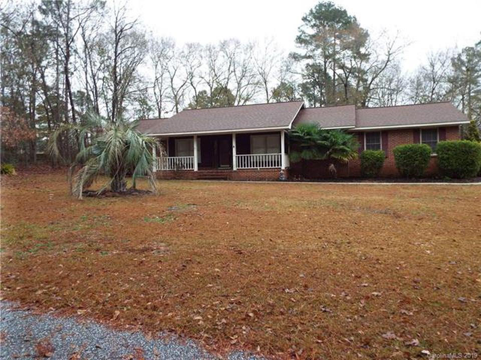 1145 TWIN LAKES DR Sumter, SC 29154