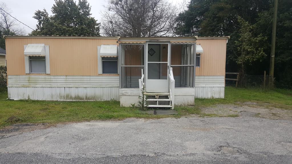 21 Parson St. Summerton, SC 29148
