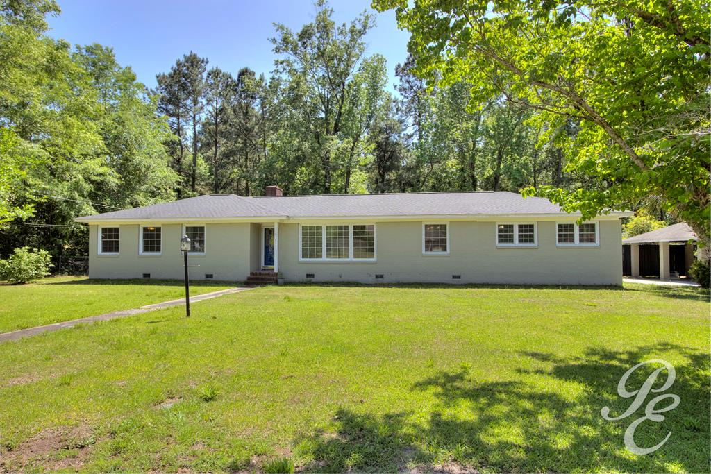311 Manchester Drive Manning, SC 29102