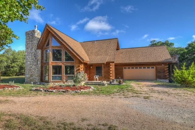 1377 Forest View Dr, Blanco, TX 78606