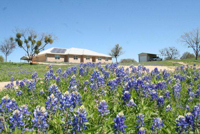 116 County Rd 117, Llano, TX 78643