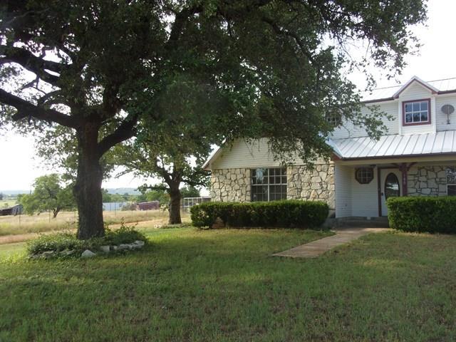 180 Field Creek Lane, Pontotoc, TX 76869
