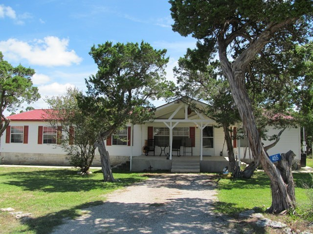 455 Madrona St., Kerrville, TX 78028