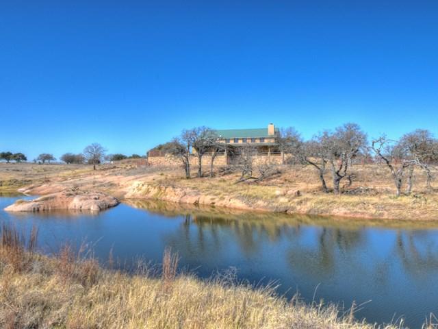 71 Granite Springs Dr, Fredericksburg, TX 78624