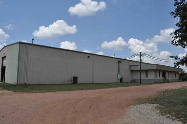 835 Pyka Rd, Fredericksburg, TX 78624